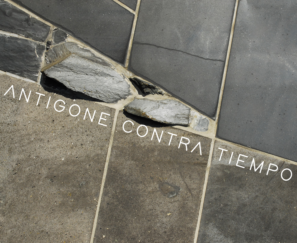 foto Antigone /Contra/ Tiempo archivio zeta